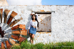 0916 Bangladeshi model in Perth (Jomoboy Photography) Tags: naturallight sun farm farmhouse derelict windmill grass whitebuilding bluesky dannyreardon bangladesh bangladeshi jomoboyphotography model perth photoshoot