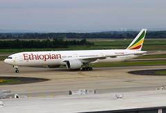 ET-ASK (JBoulin94) Tags: etask ethiopian airlines boeing 777300er washington dulles international airport iad kiad usa virginia va john boulin