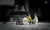 Un sueño (Olimpia_Real) Tags: dreams sueño proyect proyecto 365 canon 50mm paris eiffel tower love playmobil challenge practica special viaje travel boyfriends color selectivo blancoynegro blackandwhite