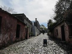 """Colonia del Sacramento: le quartier historique et ses anciens pavés de pierre de schiste <a style=""""margin-left:10px; font-size:0.8em;"""" href=""""http://www.flickr.com/photos/127723101@N04/29624265181/"""" target=""""_blank"""">@flickr</a>"""