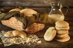 Simple Sugar Cookies (flashfix) Tags: september182016 2016 2016inphotos nikond7000 nikon ottawa ontario canada 40mm basket cookies sugarcookies dessert treat sweet milk foodphotography napkin crumbs sweetsunday happysweetsunday hss