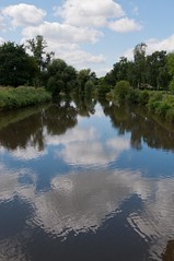 Nidda (sduesterhus) Tags: cloud reflection tree river landscape nikon frankfurt wolken waters landschaft spiegelung baum nidda gewsser grngrtel d5000 flusbach