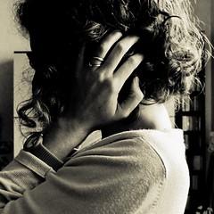 profilo [eXplored! :Pp] (fi0na) Tags: bw woman girl photoshop self hair square donna hand action femme curls bn explore ricci mano autoritratto fille quadrato ragazza capelli profilo ritocco fi0na
