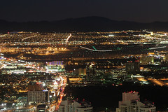 Las Vegas McCarran Airport at night (Tim de Groot - AirTeamImages) Tags: airplane aircraft aviation air flight
