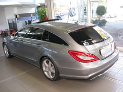 Mercedes.Benz CLS 350 CDi Shooting Brake (nakhon100) Tags: cars wagon mercedes estate diesel 350 mercedesbenz stationwagon cls cdi shootingbrake