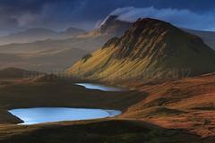 TROTTERNISH MEMORIES. (Steve Boote..) Tags: light cloud sunrise landscape dawn scotland isleofskye innerhebrides landslide loch cleat rugged manfrotto trotternish quiraing 06s dundubh leefilters druimanruma biodabuidhe singhrayfilters lochcleat lochleumnaluirginn steveboote canoneos550d nd3reversegrad sigma18200f563osdc