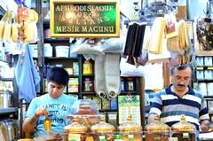 DSC_6593 (Joop Reuvecamp) Tags: spice istanbul egyptian bazaar eminn egyptische kruidenbazaar