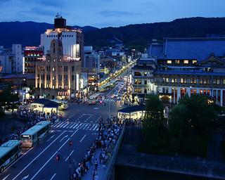 京都祇園の夕景 / Gion Twilight View