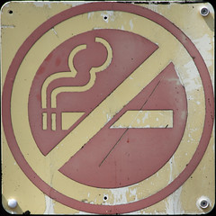 No smoking (Leo Reynolds) Tags: sign canon eos 300mm 7d squaredcircle f80 iso125 signsafety signno 0003sec hpexif signnosmoking signcirclebar xleol30x sqset086