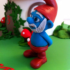 IMG_1844 (Ultimatecakeart) Tags: birthday london cake greenwich papa smurf smurfs surfette ultimatecakeart