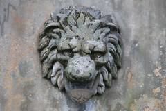 Holyrood Palace (richardr) Tags: holyrood palace holyroodpalace lion fountain scotland scottish edinburgh britain british greatbritain uk unitedkingdom europe european history heritage historic old holyroodhouse