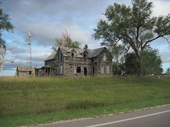 10. The famous ''Pollard House'', just east of the Pollard elevator in Rice County, 8-7-16 (leverich1991) Tags: exploring kansas 2016 pollard house rice