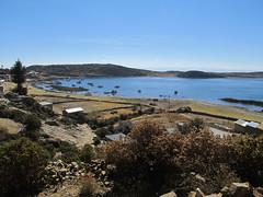 "Lac Titicaca: l'Isla del Sol <a style=""margin-left:10px; font-size:0.8em;"" href=""http://www.flickr.com/photos/127723101@N04/28511966141/"" target=""_blank"">@flickr</a>"