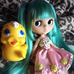 Another of Miku and Rubber ducky