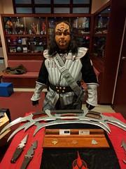 Klingon Warrior and His Weapons (blueZhift) Tags: adlerplanetarium chicago startrek cosplay costume afterdark klingon warrior weapons