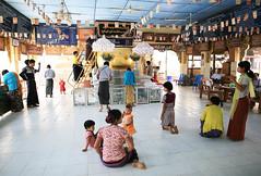 2016myanmar_0794 (ppana) Tags: bagan alodawpyay pagoda ananda temple bupaya dhammayangyi dhammayazika gawdawpalin gubyaukgyi myinkaba wetkyiin htilominlo lawkananda lokatheikpan lemyethna mahabodhi manuha mingalazedi minochantha stupas myodaung monastery nagayon payathonzu pitakataik seinnyet nyima pagaoda ama shwegugyi shwesandaw shwezigon sulamani thatbyinnyu thandawgya buddha image tuywindaung upali ordination hall
