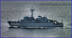 Scotland river Clyde Belgian Navy minehunter BNS Narcis M923 18 October 2012 by Anne MacKay (Anne MacKay images of interest & wonder) Tags: by river anne scotland clyde october mine navy picture belgian mackay 18 narcis 2012 sweeper bns minehunter m923