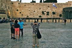 Kotel (bebo82) Tags: muro del persona donna pentax jerusalem prayer gerusalemme pianto pentaxk20d pentaxk20