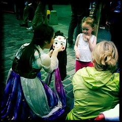 Cultural Education (elizunseelie) Tags: street old cute girl festival square asian scotland town costume education women edinburgh child mask theatre crowd performance arts royal meeting fringe shy dancer korean royalmile colourful fest performer oldtown edinburghfestival exchange mile troop iphone streettheatre svottish hipstmatic uploaded:by=flickrmobile flickriosapp:filter=nofilter
