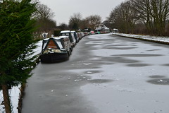 Bridgewater Canal at Thelwall (Duane Jones Cheshire1963) Tags: ice boat canal frozen warrington barge lymm thelwall grappenhall