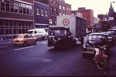 DUBLIN / EIRE 1978 pic026 (streamer020nl) Tags: ireland dublin mini eire 1978 morrisminor morris 1000 ierland scammell osullivans cie mechanicalhorse articulatedtruck s139 wzl725