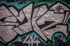 414 (Mabry Campbell) Tags: streetart green art wall gteborg photography graffiti photo colorful europe paint sweden painted tag bricks gothenburg photograph brickwall scribbles 100 sverige february scandinavia tagging f28 2012 200mm ef200mmf28liiusm sec mabrycampbell february292012 201202293320