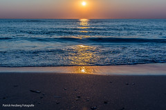 DSC_0036 (Patrick Herzberg) Tags: ocean sunset sky holland beach dutch strand landscape bay coast seaside zonsondergang sand nikon waterfront nederland thenetherlands wave serene avond noordwijk weerspiegeling avondfotografie d5200