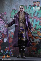 HOT TOYS Suicide Squad MMS382 Joker (Purple Coat) (Jared Leto) - PD1469589175xrM (Lord Dragon 龍王爺) Tags: 16scale 12inscale onesixthscale actionfigure doll hottoys joker suicidesquad