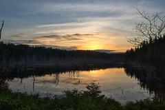 Coucher de soleil sur le lac (pascal_roussy) Tags: lac lake paysage landscape coucherdesoleil sunset nature fort couleur canada qubec gaspsie