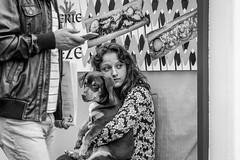 Ensemble (phil1496) Tags: amour amiti portraitderue chien fille d7100 nikon