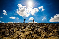 #PlanetCadzand (dirk.truwant) Tags: holland cadzand beach playingkids
