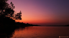 15-09-22 Ruta Okavango Zimbabwe (501) Zambezi R01 (Nikobo3) Tags: frica zimbabwe cataratasvictoria rozambezi zambezi puestadesol agua paisajes naturaleza samsung samsungnote4 note4 nikobo josgarcacobo flickrtravelaward ngc travel viajes twop omot unesco