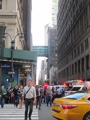 Rush Hour Crowd Walking Past Crime Scene 7th Ave 2016 NYC 5433 (Brechtbug) Tags: akram joudeh attacked an offduty nypd officer with 11inch cleaver from his waistband near penn station height evening rush hour thursday wounding cop face before being shot 18 times by police nyc 2016 midtown manhattan 7th ave 32nd street crowds checking out scene 9152016 new york city crime