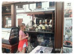 Bambolina (triziofrancesco) Tags: bimba baby little bambina vetrina shop showcase bratislava