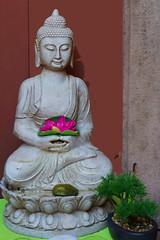 Buddha of Alsace (Marco Braun) Tags: france buddha buddhism buddhismuss figur lotus alsace elsass ribeauvillé alsaceelsass francefrankreich ブッダ