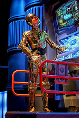 C-3PO (Gary Burke.) Tags: travel vacation film canon movie eos rebel robot starwars orlando ride florida lucasfilm disney disneyworld queue scifi sciencefiction fl wdw dslr waltdisneyworld themepark droid attraction c3po startours threepio seethreepio garyburke hollywoodstudios disneyhollywoodstudios klingon65 t1i canoneosrebelt1i