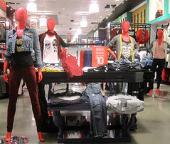 Wet Seal (thinkretail) Tags: store magasin laden tienda boutique negozio womenswear valueretailing autumn2012 wetseals