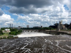 Up Stream St. Anthony Falls (mgtelu) Tags: minnesota minneapolis mississippiriver stanthonyfalls summer2012 canons95