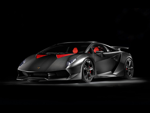 Lamborghini Sesto Elemento2