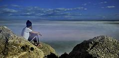 PAUSA ROMANTICA (giudiciluigi) Tags: paesaggi rivieradellepalme figuraambientata luxtop100 chiaracatalini