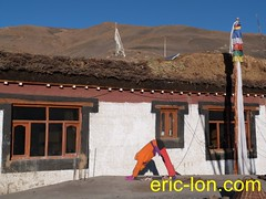 Eric Lon yoga at Demul (36) (Eric Lon) Tags: india cold yoga energy dynamic tibet heat practice souffle himalaya breathe froid warming spiti breathing inde tibetain himalayen chaleur activate respiration ericlon rechauffer demul acriver