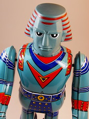 Billiken Shokai  Tin Wind Up  Giant Robo ()  Close Up (My Toy Museum) Tags: up giant tin wind robo billiken