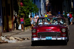 Cuba: Classic Car (VJ Vee) Tags: life street old people architecture living parts cuba habana havanna kuba