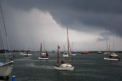 (a-13006) Weather. (Clixworker) Tags: clouds contrast darksky sailing boats