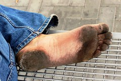 dirty city feet 169 (dirtyfeet6811) Tags: feet soles barefoot dirtyfeet dirtysoles blacksoles cityfeet