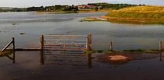 When sea meets river (odell_rd) Tags: alnmouth coth5