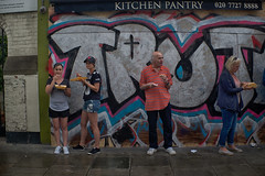 London Street Life (Massimo Usai) Tags: 2016 august england europe london londonist nottinghill people summer portrait streetphoto streetlife action eating