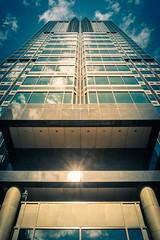 Trimophe (Pierre-Luc G.) Tags: montreal montral architecture architectureduqubec downtownmontreal tour tower skyscraper fuji fujifilm fujixe2 mirrorlesscamera
