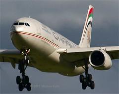 Etihad        Airbus A330    A6-EYD (Flame1958) Tags: uae 330 abudhabi airbus dub unitedarabemirates a330 etihadairways 1012 2012 dublinairport airbusa330 etihad eidw a6eyd 161012