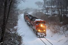 BNSF9158-1233 (Jim Thias) Tags: snow stjoseph lakemichigan coal e949 bnsf9158